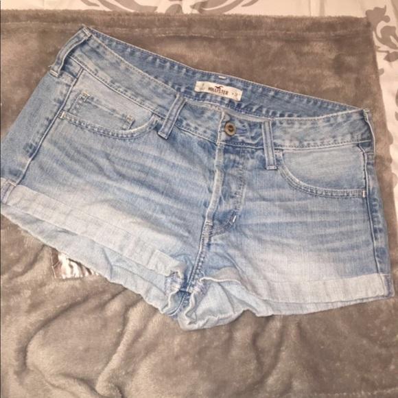 Hollister Pants - Hollister Boyfriend style high waisted shorts